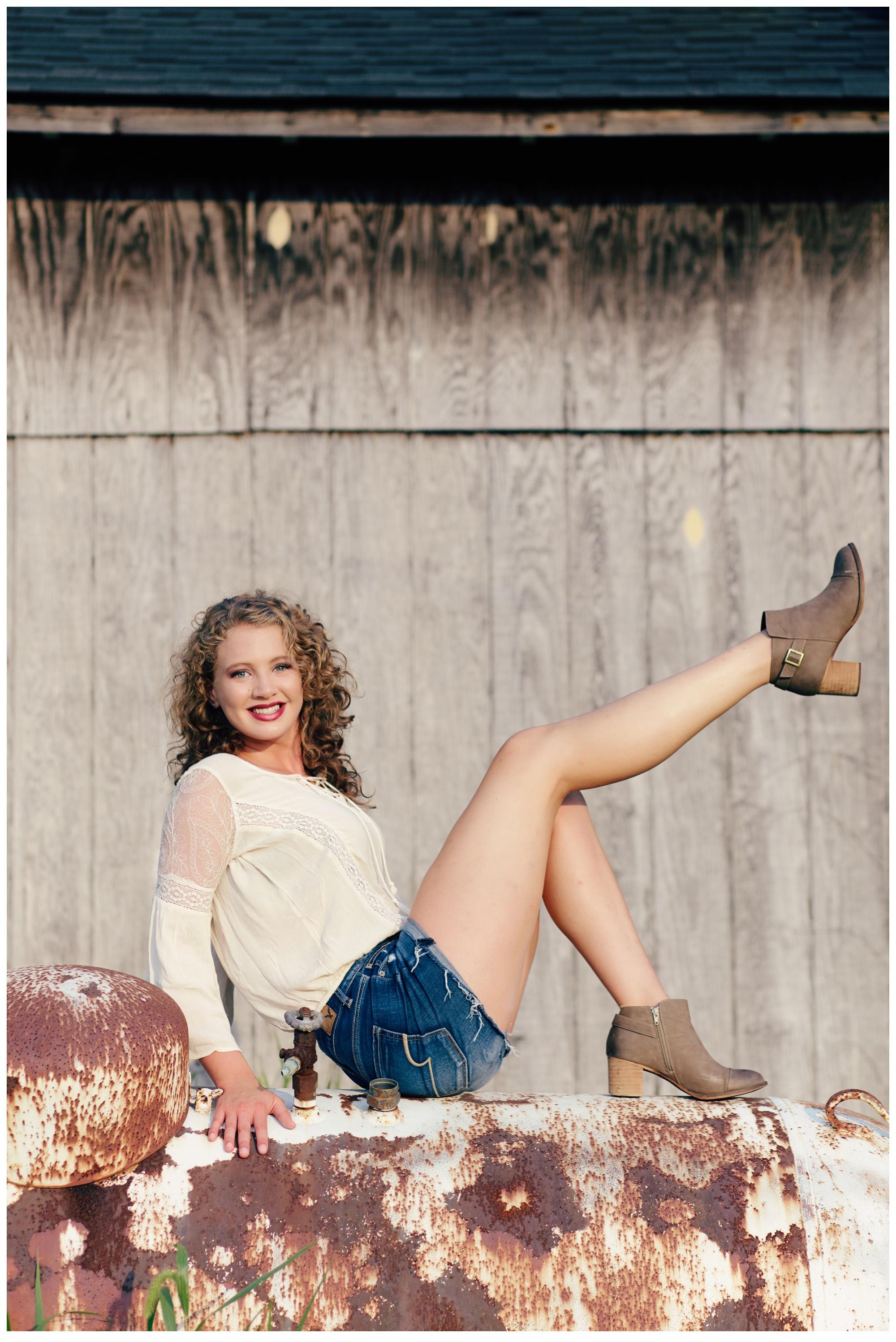 Ashleigh S Gorgeous Senior Pictures Louisville Senior