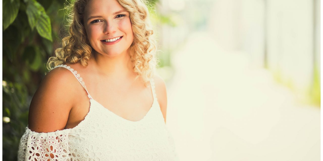 Gabby | Louisville Senior Pictures