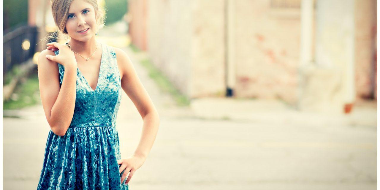 Avery | Louisville Senior Photographer